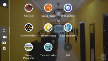 The camera app of the Sony Xperia X - Sony Xperia X vs Samsung Galaxy S7