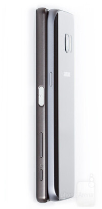 Sony-Xperia-X-vs-Samsung-Galaxy-S7009-design2.jpg