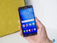 Samsung-Galaxy-J7-2016-Review001