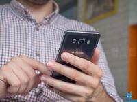Samsung-Galaxy-J7-2016-Review003