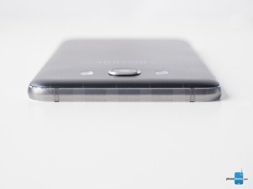 Samsung Galaxy J7 (2016) images