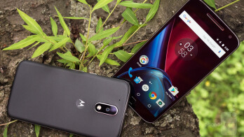 Moto G4 (left) and Moto G4 Plus (right) - Moto G4 and G4 Plus Review