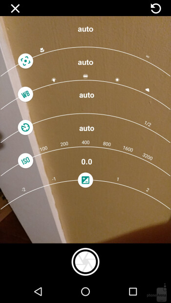 Camera interface of the Moto Z Force Droid - Moto Z Force Droid vs Apple iPhone 6s Plus