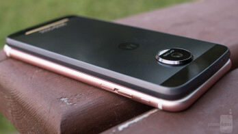 Moto Z Force Vs Iphone  Plus