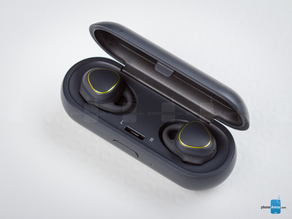 Samsung Gear IconX wireless earphones Review