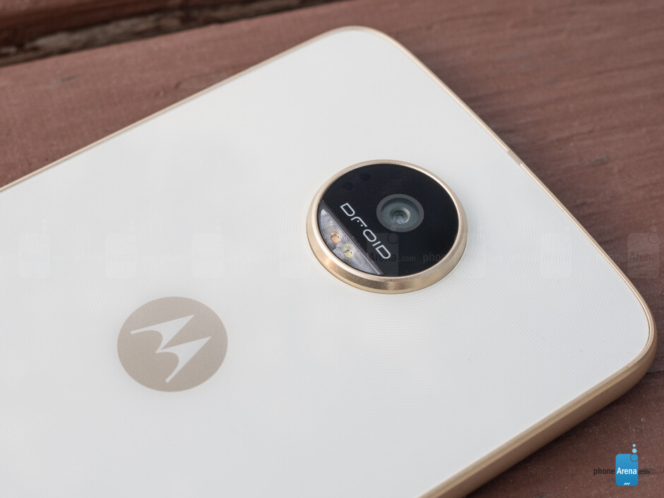 Moto Z Play Droid Review