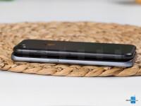 Apple-iPhone-7-vs-Samsung-Galaxy-S7005.jpg