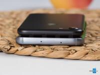 Apple-iPhone-7-vs-Samsung-Galaxy-S7006.jpg