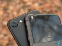 Google-Pixel-vs-Apple-iPhone-7006