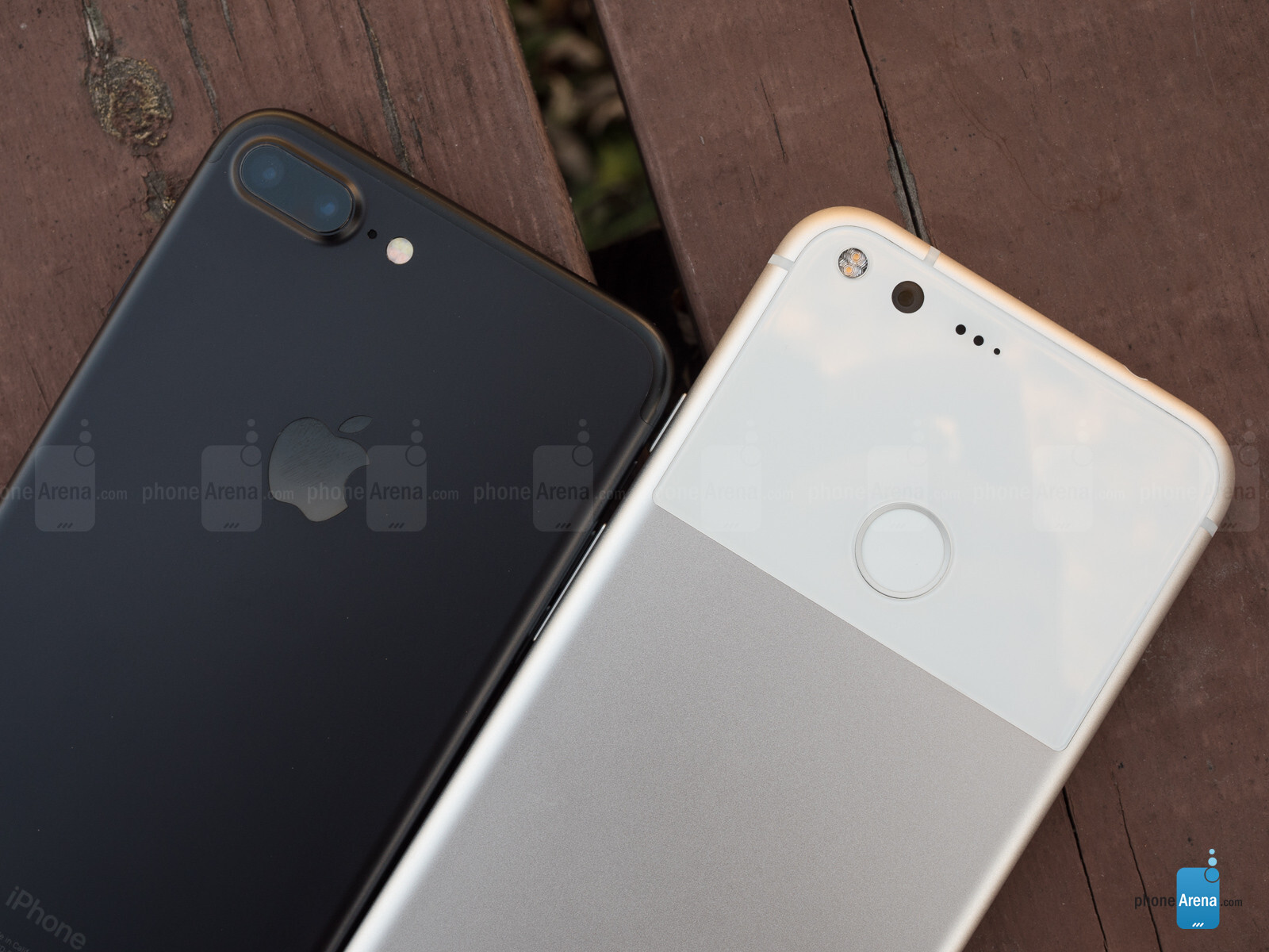 google pixel xl vs apple iphone 7 plus