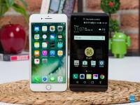 LG-V20-vs-Apple-iPhone-7-Plus001