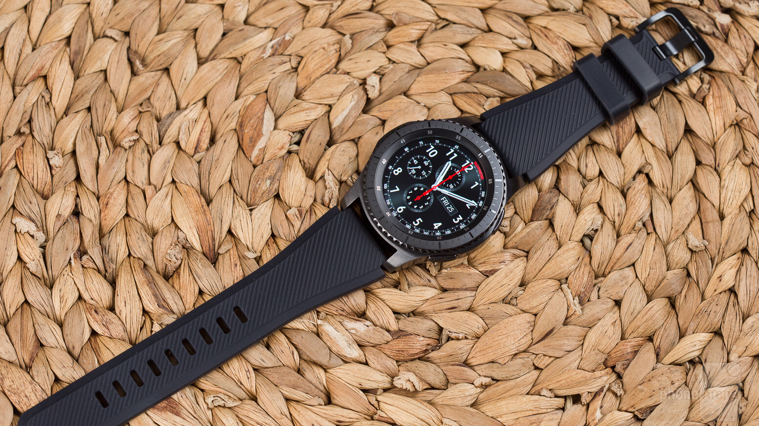 Samsung Gear S3 Frontier Smartwatch Review Double Side Strap Only