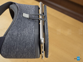 Side illumination can sneak in - Google Daydream View VR headset Review