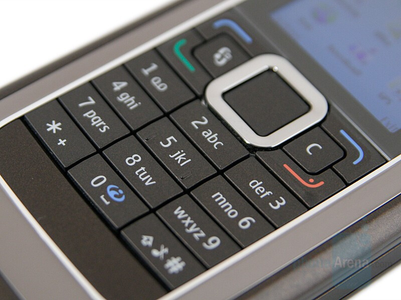 Nokia E90 Communicator Review