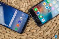 Samsung-Galaxy-S8-vs-Apple-iPhone-7010.jpg