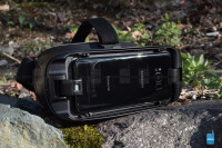Samsung-Gear-VR-with-Controller-Review001.jpg