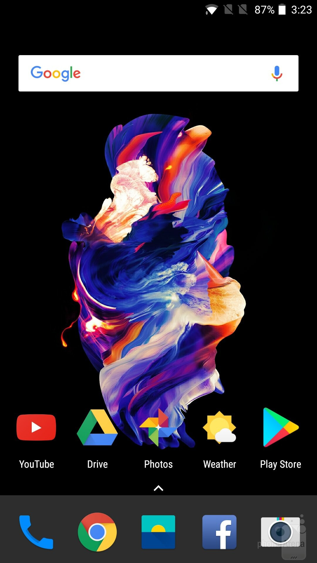 The OnePlus 5 features a clean Android interface that the company calls OxygenOS