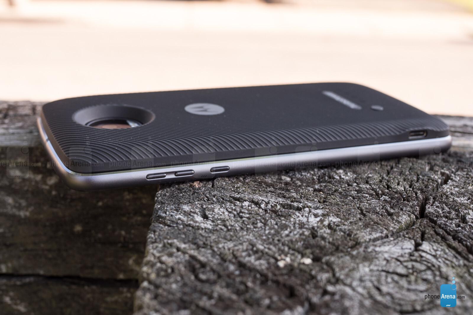 Motorola Moto Z2 Play Review - Call Quality, Battery Life