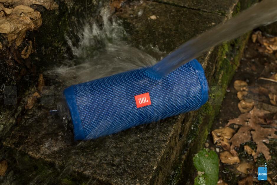 The JBL Flip 4 is water resistant - JBL Flip 4 Bluetooth speaker Review