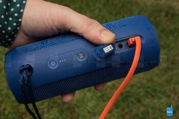 JBL Flip 4 Bluetooth speaker Review