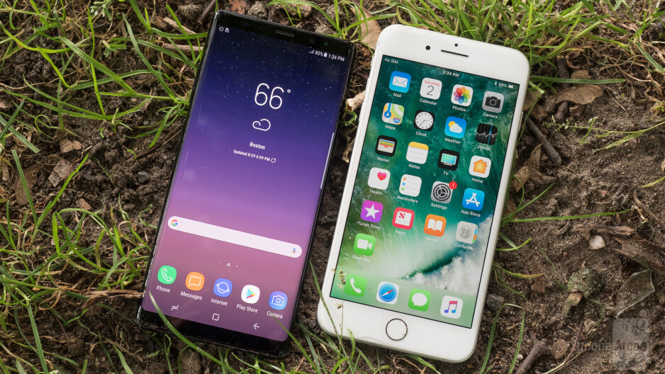 Samsung Galaxy Note 8 vs Apple iPhone 7 Plus