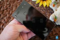 Essential-Phone-Review007.jpg