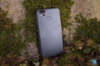 Asus-Zenfone-3-Zoom-Review003.jpg