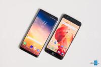 Samsung-Galaxy-Note-8-vs-OnePlus-5007.jpg