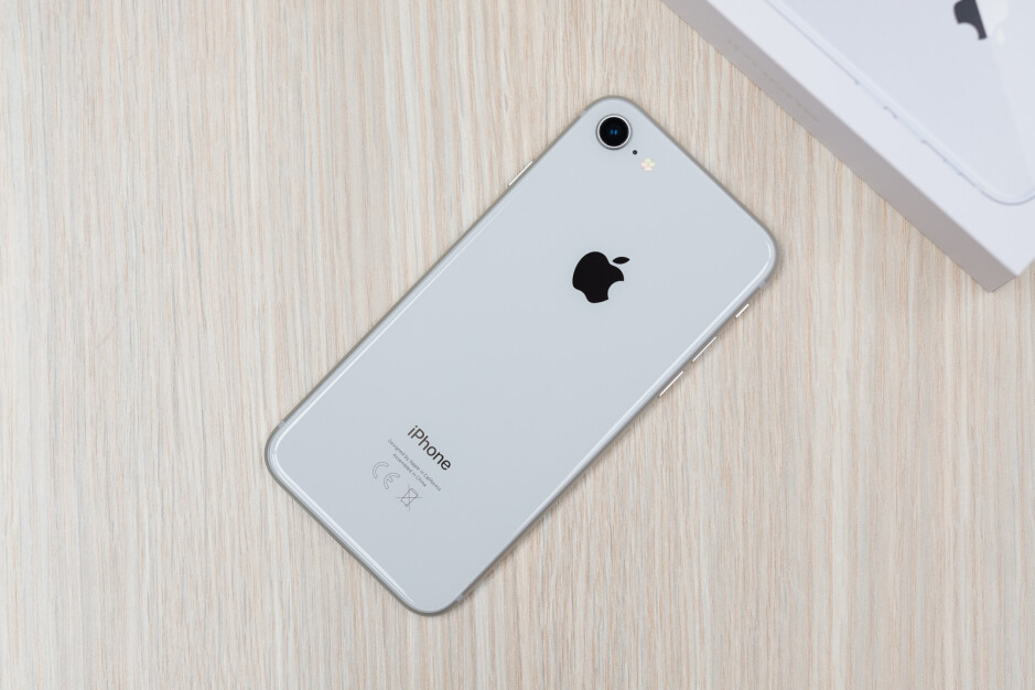 Apple iPhone 8 Review