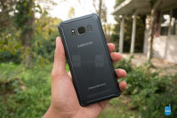 Samsung-Galaxy-S8-Active-Review005