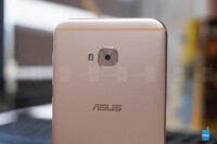 Asus-ZenFone-4-Selfie-Pro-Review005.jpg