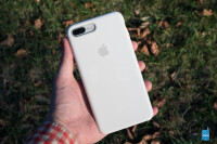 Apple-iPhone-8-Silicone-Case-Review011
