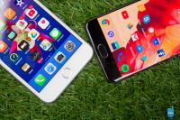 Apple-iPhone-8-vs-OnePlus-5005