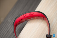 Samsung-Gear-Fit-2-ProReview005.jpg