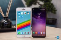 Apple-iPhone-8-Plus-vs-Samsung-Galaxy-S8001