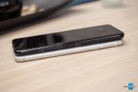 Apple-iPhone-8-Plus-vs-Samsung-Galaxy-S8004