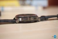 Samsung-Gear-Sport-smartwatch-Review006.jpg