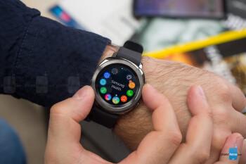 Samsung Gear Sport smartwatch Review