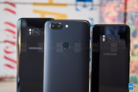OnePlus-5T-vs-Samsung-Galaxy-S8-and-S8009