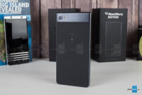 BlackBerry-Motion-Review006