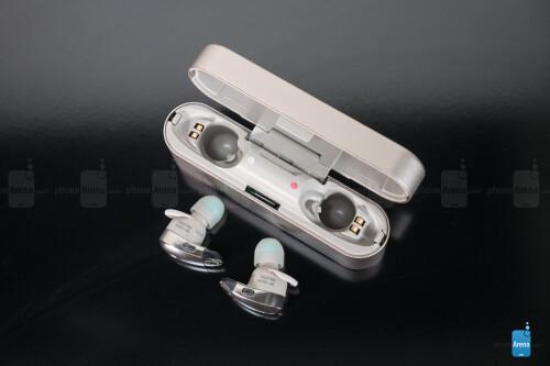 Sony WF-1000X wireless headphones Review