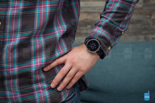 Misfit Vapor smartwatch Review