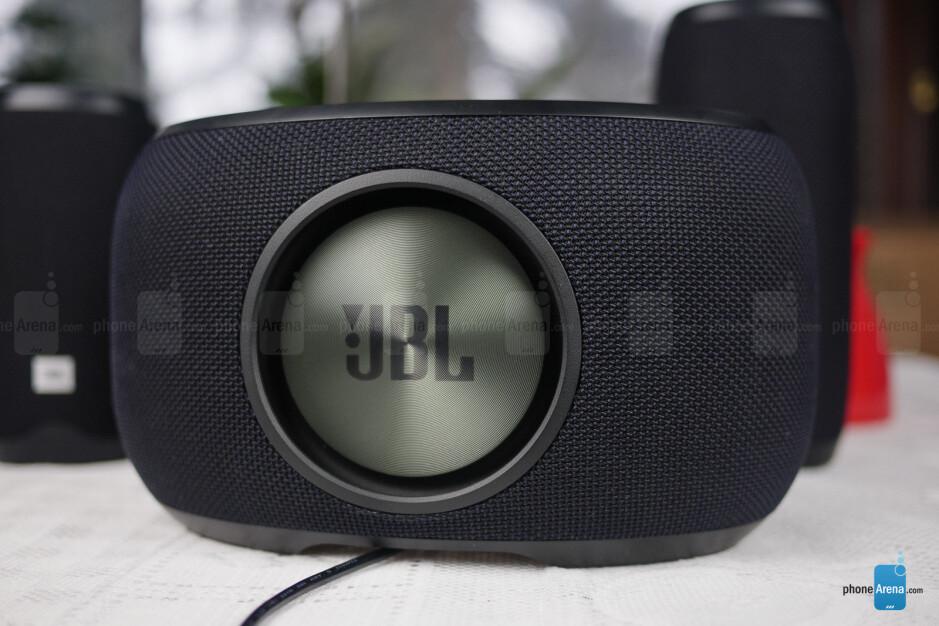 JBL Link 300 - JBL Link 10, 20, 300 smart speakers Review