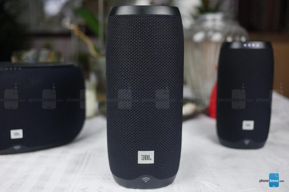 JBL Link 20 - JBL Link 10, 20, 300 smart speakers Review