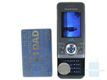 1 - Sony Ericsson W580 Review