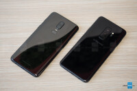 OnePlus-6-vs-Samsung-Galaxy-S9006.jpg
