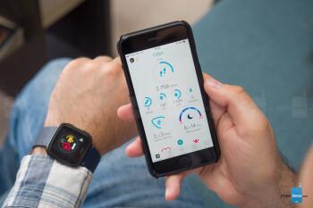 Fitbit Versa smartwatch Review