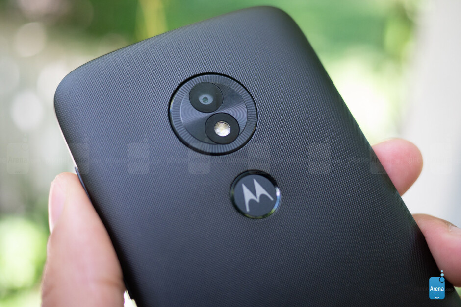 Moto E5 Play - Moto E5 Play and E5 Plus Review