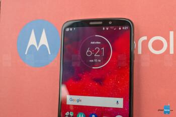 Moto Z3 Review