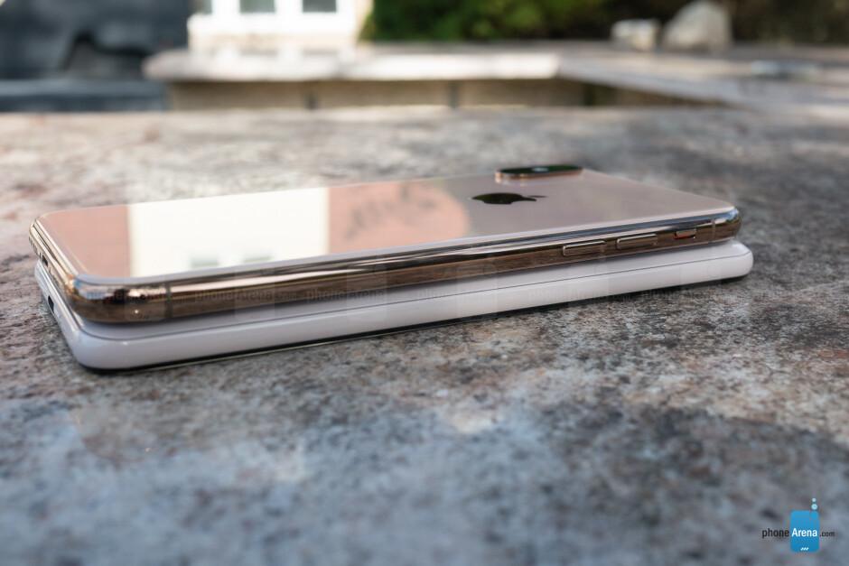 Google Pixel 3 vs Apple iPhone XS
